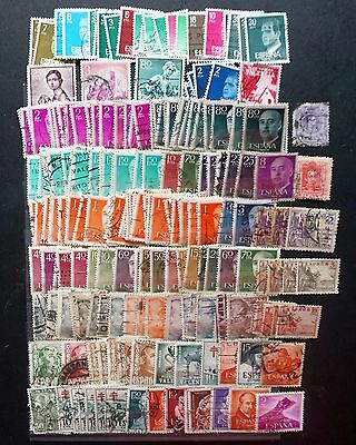 SPAIN   HUGE OLD DEFINITIVE LOT  210+ stamps Used duplicates