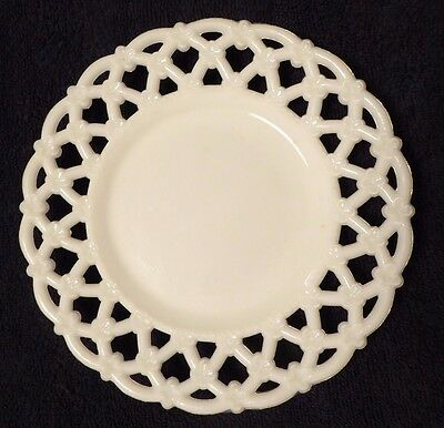 """Vintage Reticulated Opal Milk Glass 7"""" Plate Westmoreland 1940s Forget Me Knot"""