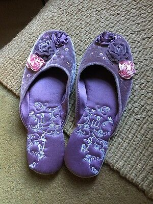 Ruby & Ed Slippers Size 7/8