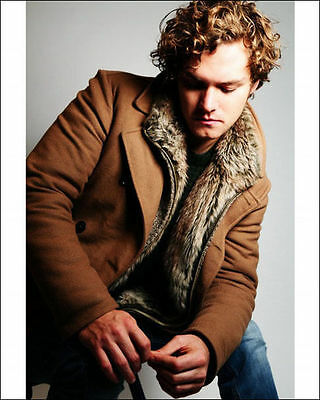 Finn Jones 8 X 10 Photo Loras Tyrell The Knight Of Flowers Game Of Thrones Actor