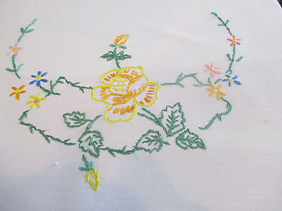 Lovely Vintage Crisp White Cotton Hand Embroidered Traycloth/table Centre