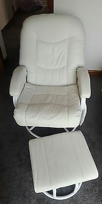 Nursing chair with foot stool white