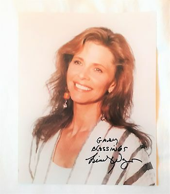 Bionic Woman Lindsay Wagner signed picture/photo