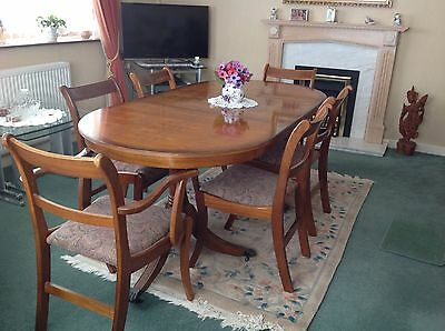 Dining Table And 6 Chairs Yew In Good Condition