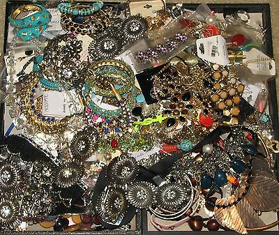 Lot Of 15 Lbs Of Broken Junk Jewelry....crafters Lot, Crafts, Parts~
