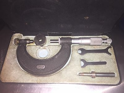 """moore and wright micrometer 0-2"""" With Cal Ring"""