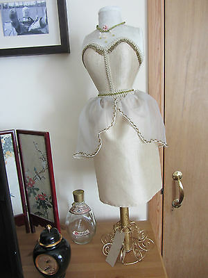 """Mini Mannequin Model 26"""" BNWT  Not a Toy"""