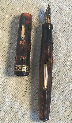1930s Vintage WAHL EVERSHARP DORIC Fountain Pen Adjustable 5 Nib RED RUBY MARBLE