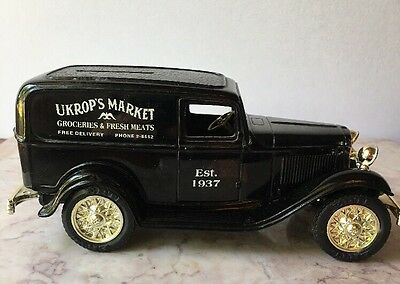 Custom Ukrop's Grocery 1932 Ford Delivery Van By ERTL