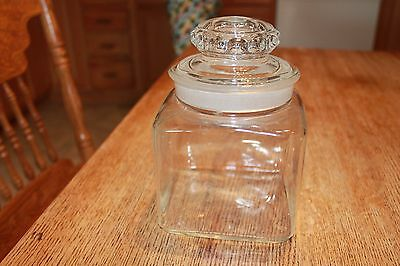 Vintage Clear Glass Apothecary Jar~ground glass lid~excellent condition
