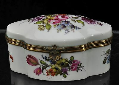 Antique Dresden Hand Painted Porcelain Snuff Box c 1900