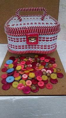Original Vintage Woven Plastic Sewing Box 1950's-Lot 200 Coloured Buttons