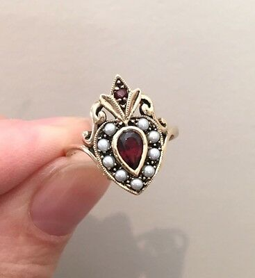 Antique 9ct Victorian gold sacred heart garnet and seed pearl ring