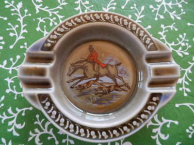 Wade Irish Porcelain Men Hunting scene Round Ashtray Ireland