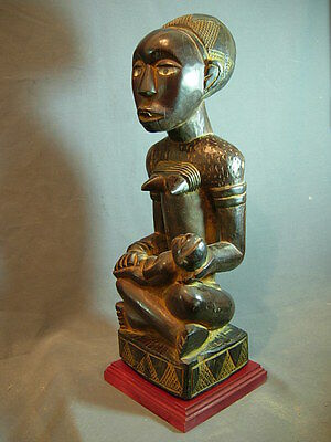 Exquiste Yombe Phema Divination Figure, Fine Patina. Congo