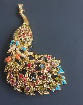 Vintage Peacock Brooch In Gold Tone Metal W/crystals And Stones.