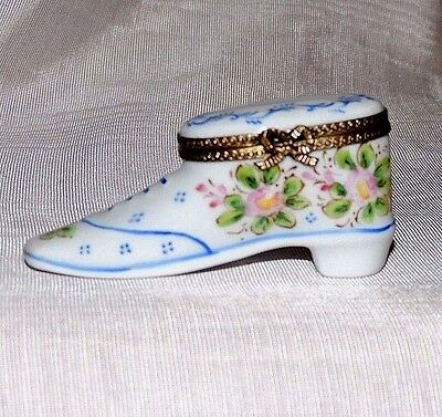 Limoges Victorian Shoe, Pient Main~! So Lovely! A Must Have!!