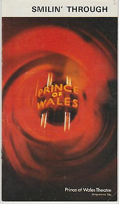 prince of wales   theatre musical smilin through    programme
