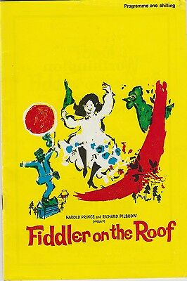 her majestys theatre fiddler on the roof staring topol   programme