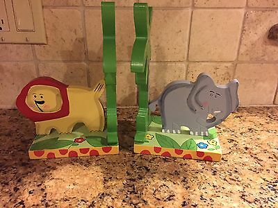 New - Pair of Safari Fun Animals Kids Wooden Bookends