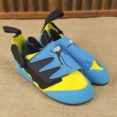 Mad Rock Science Friction kids 11 wall climbing shoes