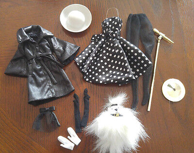 Poppy Parker Mixed Lot Of Clothing & A Dog - Cute