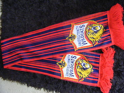 WAKEFIELD WILDCATS Rugby League Team Wool Scarf (VERY GOOD CONDITION)