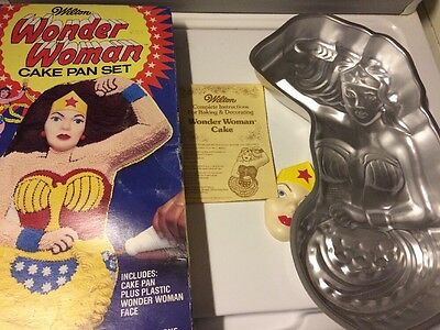 1978 Wilton Wonder Woman Cake Pan, Complete with Box & Face