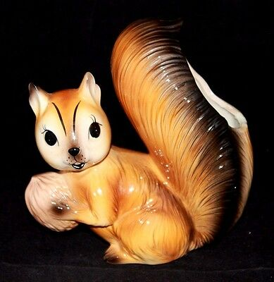 """VINTAGE SQUIRREL with Walnut Ceramic Vase, Norcrest Japan A281, 6 1/2"""" Tall CUTE"""