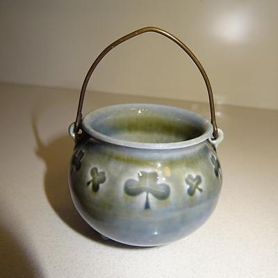 New - Vintage Wade Porcelain - Handled Pot / Soap Dish on 3 Legged Stand Ireland