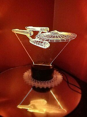 STAR WARS USS Enterprise Spaceship  night light 3D illusion .
