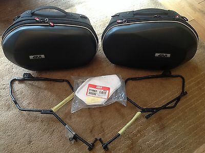 Givi panniers set Yamaha MT-07 FZ-07 complete set used once  easylock  lockable