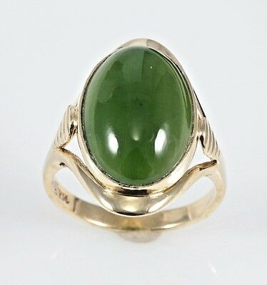 Vintage 8.0 ct Natural Oval Green Jadeite Jade 14K Yellow Gold Cocktail Ring