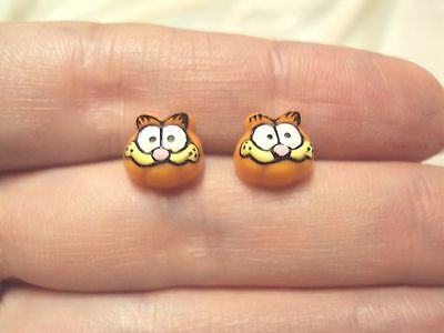 vintage Garfield the cat cartoon comic orange black stud earrings Avon 1978 new