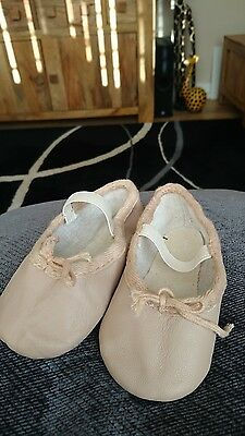 Girls leather ballet shoes infant size 6