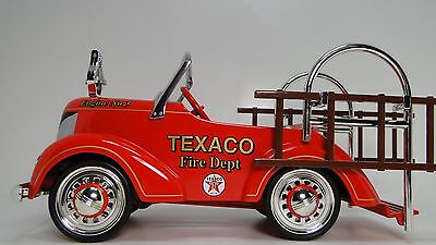 A Ford 1 Fire Truck Pedal Car 1930s Engine Vintage T 18 Midget Metal Model 24