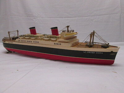 1950s Era Vintage Wood Ship Model Battery Operated SS UNITED STATES Cruise Ship