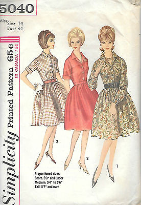 Vintage Pattern Simplicity 5040 Misses' One-Piece Dress in Proportioned Sizes