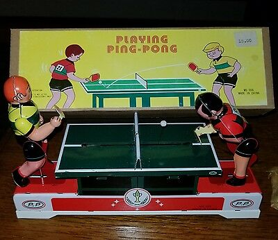 Retro Style Tin Lithographed Wind-up PLAYING PING PONG Toy MS 358