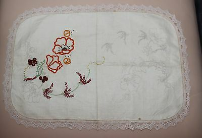 Rare VTG Traced linen Centre to complete to embroider - Poppies