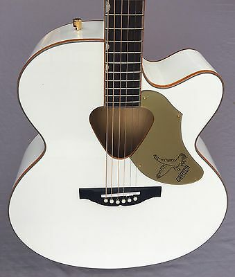 Gretsch G5022C Rancher Falcon Cutaway Acoustic-Electric Guitar In White