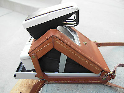 Vintage Rare Polaroid SX-70 Leather Pop-up Case With Model 2 Ivory /Brown Camera