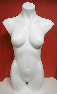 MANNEQUIN WHITE FEMALE MANNEQUIN 3/4 TORSO HANGING BODY DISPLAY or DISPLAY TOP