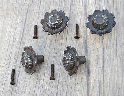 VTG 4pc Victorian Floral Cast Iron cabinet drawer door Knobs handles pull Rustic
