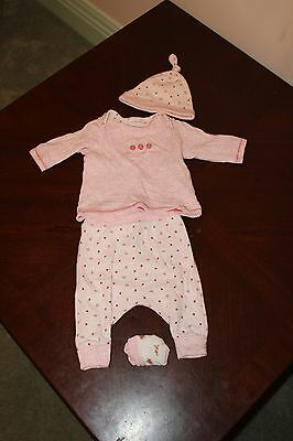 Next Baby Outfit Size 00 (Size 3-6 months)