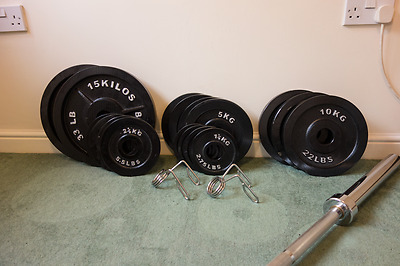 115kg Body Power Olympic Weight Set with 7 foot Barbell - Mint Condition