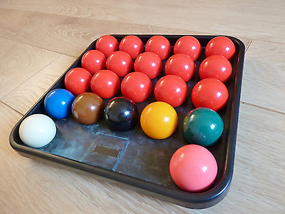 Set Of Full Size Snooker Balls In Excellent Condition Used Only A Few Times.