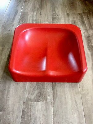 Toosh Coosh Booster Seat Red
