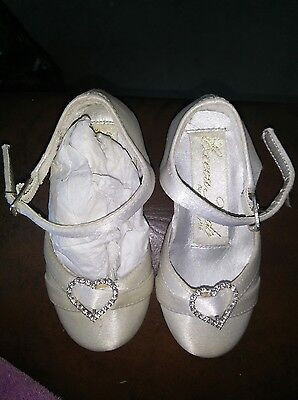 Brand new girls shoes size 3. Wedding, party, christening