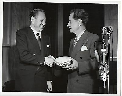 46557. Original 1950 CBS TV Photo Newscaster Lowell Thomas & William S. Paley